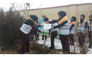 مراسم درخت کاری (جشن تولد زمین ) آموزشگاه کاشانی شهرستان فریدن