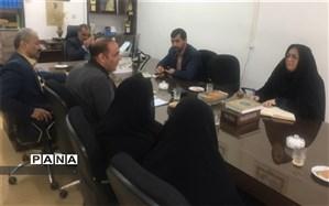 حضور رئیس اداره استعدادهای درخشان در جلسه طرح ملی شهاب شهرستان مهریز