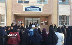 تریبون آزاد دانش آموزی در آموزشگاه فضیلت  خلیل آباد