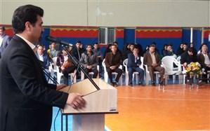هفتمین همایش تجلیل از نفرات برتر کنکور سراسری منطقه سجاسرود برگزار شد
