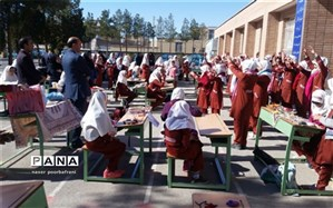 یک روز همراه با مجلات رشد در مدارس شهرستان نایین