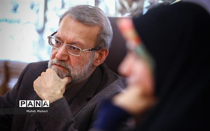 دیدارنمایندگان زن مجلس با علی لاریجانی