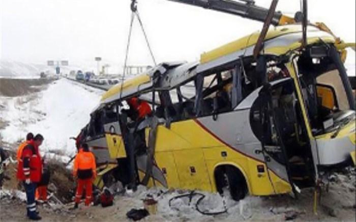 10مصدوم دراثر واژگونی اتوبوس در محور لردگان بروجن