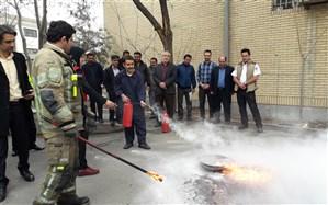 برگزاری جلسه توجیهی مدیران و خدمتگزاران مدارس مجری طرح اسکان نوروزی ناحیه دو شهر ری