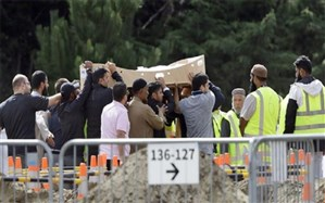 مراسم خاکسپاری اولین گروه قربانیان فاجعه تروریستی نیوزیلند برگزار شد