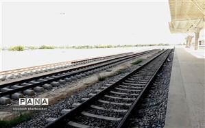 ورودی راه آهن به مازندران همچنان مسدود است