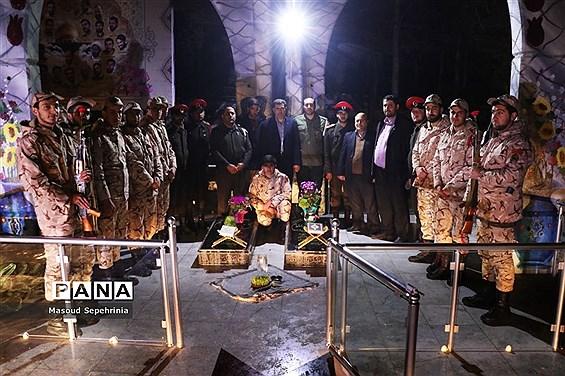 مراسم تحویل سال98 همراه با سربازان سپاه عاشورا تبریز