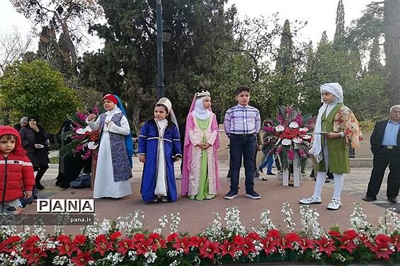 برپایی جشنواره «شیرازِ از گل بِهترو» در گذر حافظیه