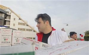 حضور علی ضیا در کنار هموطنان سیل زده