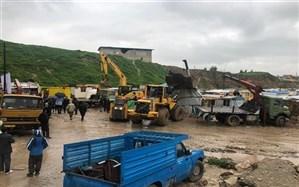 کانکسهای زلزلهزدگان کرمانشاه از مسیر رودخانه به مناطق امن منتقل میشود