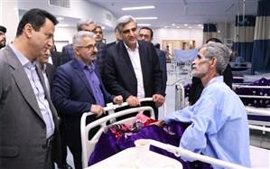 عیادت استاندار گیلان از بیماران در بیمارستان پیروز لاهیجان و دلجویی از معلولان ذهنی در لنگرود