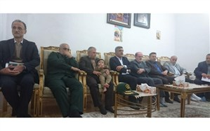 دیدار استاندار با خانواده شهیدان املاکی و حسینپور | شهدا نیازمند برگزاری بزرگداشت نیستند
