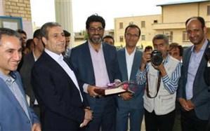 بازدید استانداربوشهر از مدارس تحت پوشش ستاد اسکان