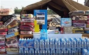 کمک 700 میلیون تومانی مردم آذربایجان غربی به سیل زدگان کشور