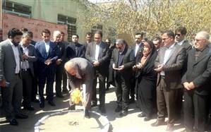 مراسم کلنگ زنی ساخت مدرسه دخترانه معلولان در ناحیه 3 تبریز برگزار شد
