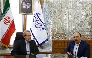 کار کشتیرانی جمهوری اسلامی ایران مجاهدانه است