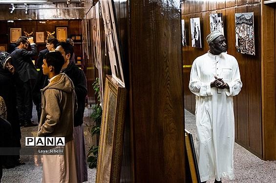 بازدید شرکت کنندگان ششمین دوره مسابقات بین المللی قرآن کریم از حسینیه جماران
