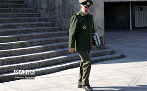 وزیر دفاع: ارتش و سپاه بازوی امنیتساز ایران اسلامی هستند
