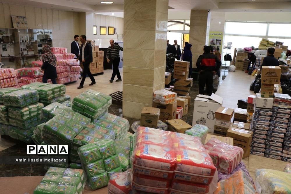 کمکهای مردمی آذربایجان غربی به مناطق سیل زده