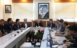 برگزاری جلسه ویدیو کنفرانس مدیران و روسای مناطق و نواحی 19 گانه استان اردبیل  با موضوع کمک به سیل زدگان