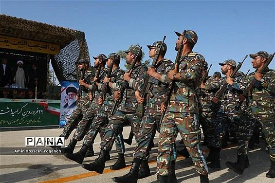 رژه روز ارتش در جزیره کیش