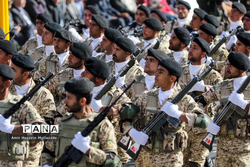 مراسم رژه روز ارتش در ارومیه