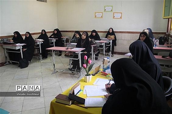 مسابقات قرآن، عترت ونماز فرهنگیان مرحله استانی در ناحیه یک ری