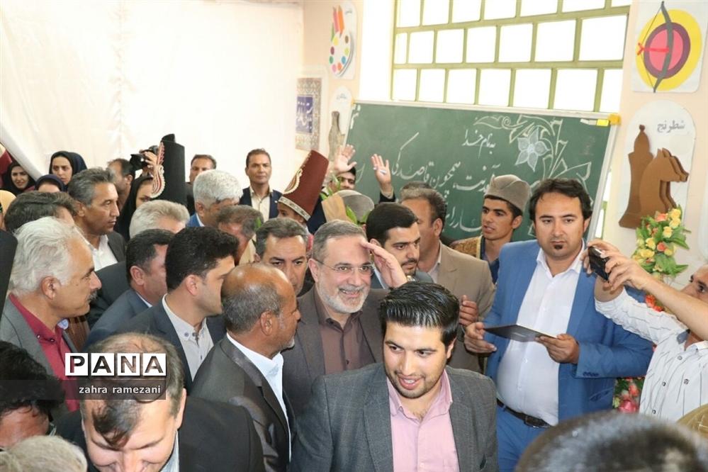 سفر وزیر آموزش و پرورش به شهرستان پاسارگاد