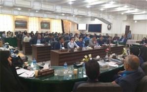 همایش علمی- تخصصی کارکنان آموزش و پرورش عشایر استان یزد برگزار شد