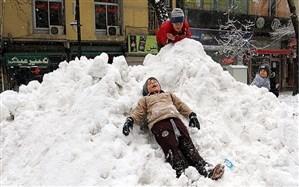 ارتفاع برف در تکاب به 20 سانتی متر رسید