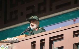 فرمانده سپاه: به دنبال جنگ نیستیم اما در آمادگی کامل هستیم