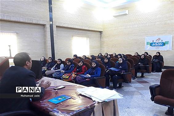 بازدید دانشآموزان پیشتاز از شعب تامین اجتماعی
