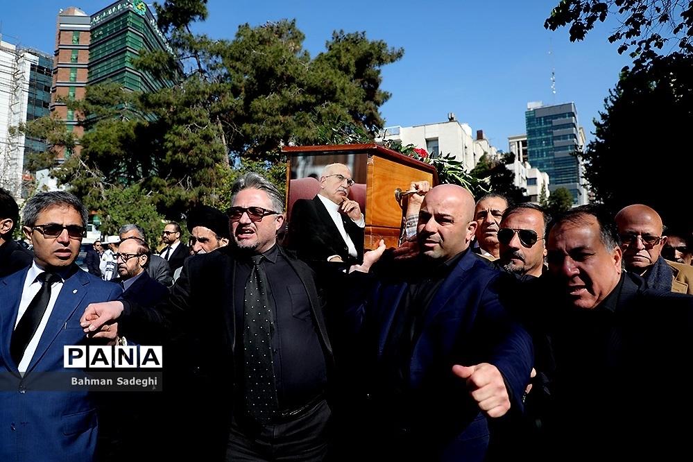 تشییع پیکر بهمن کشاورز