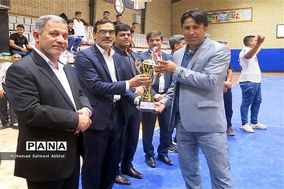 فینال مسابقات فوتسال دانشآموزان متوسطه اول خوزستان