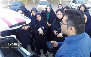 کارگاه توانمند سازی (سرویس خودرو) بانوان  درآموزش و پرورش شهرستان امیدیه برگزار گردید