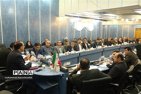 نشست هماندیشی مدیران ستادی و استانی سازمان دانشآموزی