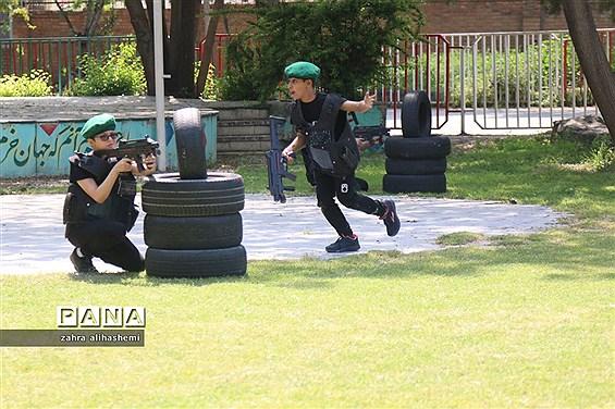 مسابقه دانشآموزی تکاور کوچک در شهر تهران