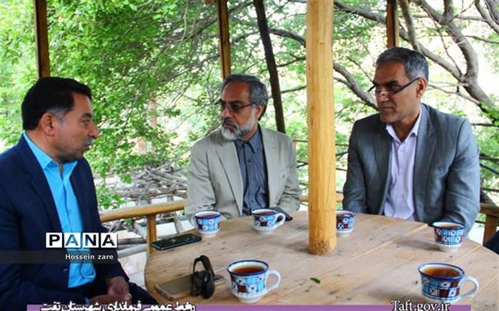 جلسه بررسی مشکلات تفرجگاه تامهر روستای اسلامیه شهرستان تفت