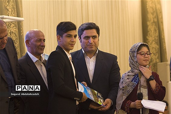 جشنواره خیرین مدرسهساز و مدرسهیار در ساری
