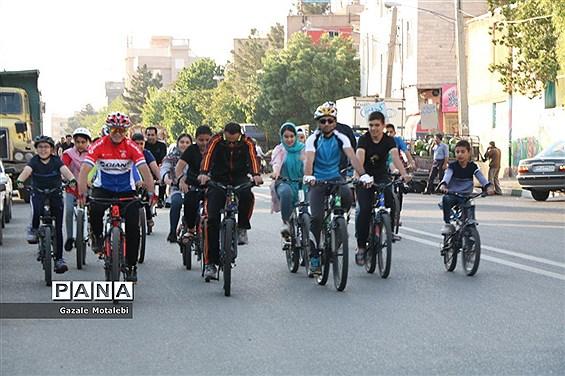 عزم شهرداریها در ایجاد و تقویت زیرساختهای دوچرخهسواری جدی است