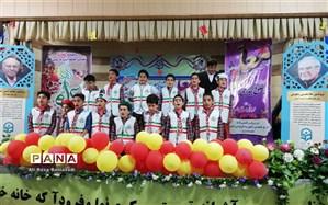 در مراسم تجلیل از معلمان دبستان علامه حلی 1 دوره اول مطرح شد : معلمان پرچمداران عرصه دانایی هستند