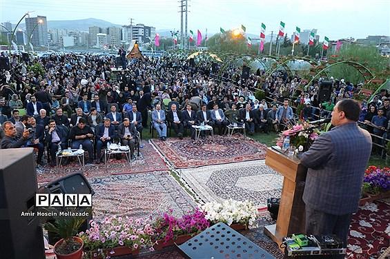 افتتاحیه جشنواره گلها در ارومیه
