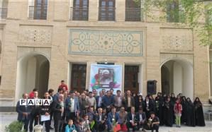 مراسم تجلیل از معلمان شهرستان کیار در قلعه تاریخی دزک