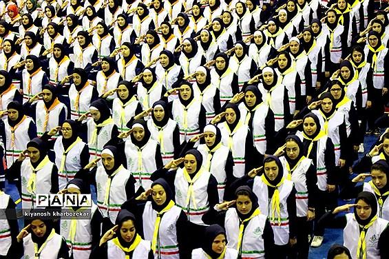 آیین جشن سپاس معلم و گرامیداشت سالروز تاسیس دانشآموزی  ارومیه