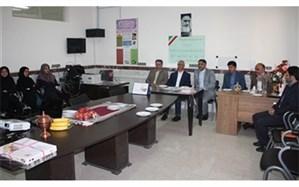 معاون سیاسی، امنیتی و اجتماعی استانداری زنجان در دبیرستان دخترانه شاهد مهدیه ناحیه یک حضور یافت