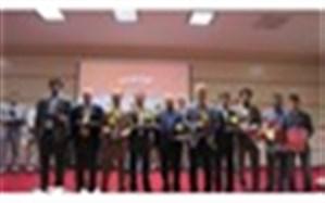 همایش تجلیل از معلمان نمونه و پیشکسوتان آموزش  و پرورش فیروزه برگزار شد