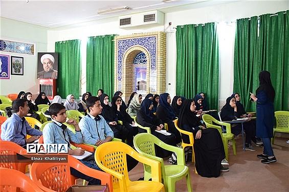 برگزاری دوره آموزش خبرنگاری ویژه دانشآموزان ناحیه 4 شیراز