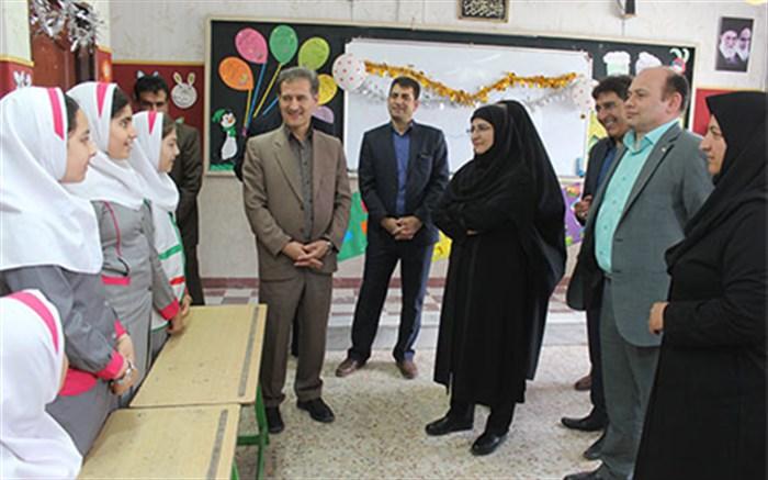معاون آموزش ابتدایی وزارت آموزش و پرورش