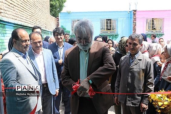 افتتاحیه کتابخانه دانشآموزی دبستان دخترانه وکیلی شماره 5 نیشابور