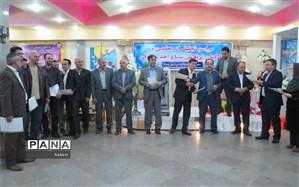 مراسم تجلیل از مقام شامخ معلم درمدارس سما شیروان با حضور فرماندارشهرستان برگزار شد
